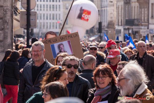 """14h27 """"Même lui sait mieux..."""" Manifestation intersyndicale de la Fonction publique/cheminots/retraités/étudiants, place Gambetta, Bordeaux. 22/03/2018"""