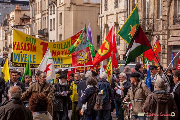 11h03 Parti des travailleurs du Kurdistan et Parti communiste marxiste-léniniste turque. Place Gambetta, Bordeaux. 01/05/2018