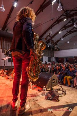 Marina Moureau & le public de la salle Jean-Philippe Corjial; Docteur Nietzsche fait son grand huit, Festival JAZZ360 2019, Saint-Caprais-de-Bordeaux. 05/06/2019