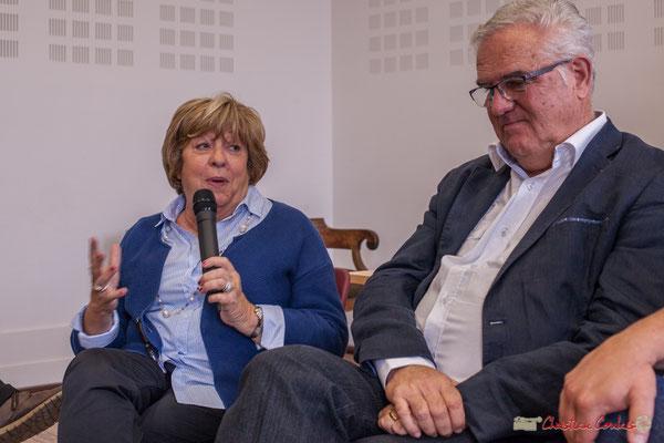 """Françoise Cartron nous explique son parcours depuis l'âge de 13 ans, l'usine à chaussures. Sortie et dédicace du livre """"Le jour où..."""" de Jean-Marie Darmian, Créon. 14/10/2017"""
