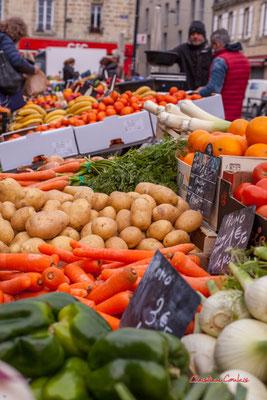 """""""Légumes"""" Marché des Capucins, Bordeaux. Samedi 6 mars 2021. Photographie © Christian Coulais"""