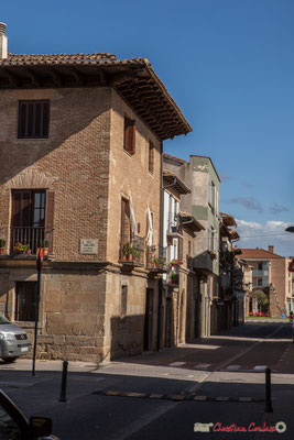 Maison-Palais des Iñiguez-Medrano, angle de rue Calle Caballeros, à gauche et Calle Enrique de Labrit, Sangüesa, Navarra