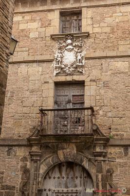 Maison de maître au blason baroque / Mansión barroca escudo de armas. Liédena, Navarra