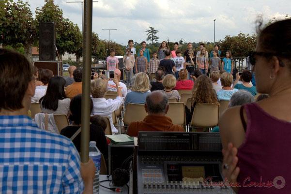 Chorale Jazz CM1-CM2, école primaire, Le Tourne. Festival JAZZ360, Cénac, 12/06/2015
