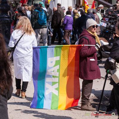 14h19 Paix. Manifestation intersyndicale de la Fonction publique/cheminots/retraités/étudiants, place Gambetta, Bordeaux. 22/03/2018