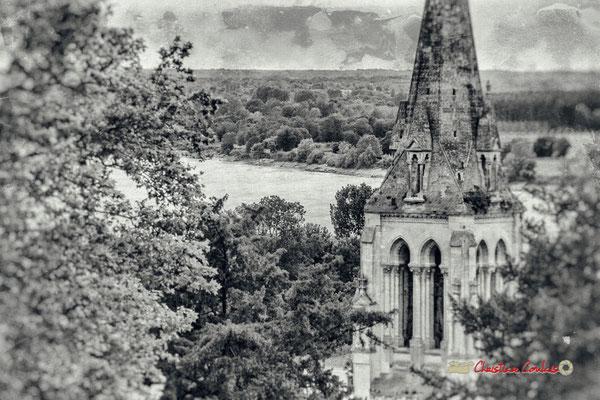Clocher de l'église Saint-Léonce depuis le parc du Château de Pomarède, Langoiran. Festival JAZZ360, 6 juin 2019