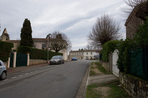 Avenue de la République par Jean-Pierre Couthouis. Cénac d'aujourd'hui. 13/01/2018