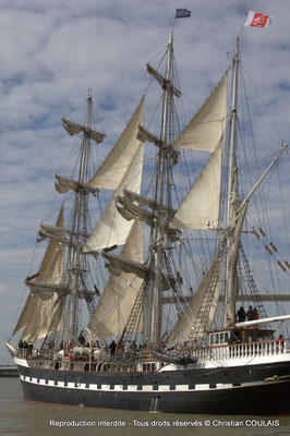C Le Belem (1896) est un des plus anciens trois-mâts en Europe en état de navigation et le second plus grand voilier restant en France. Bordeaux, samedi 16 mars 2013