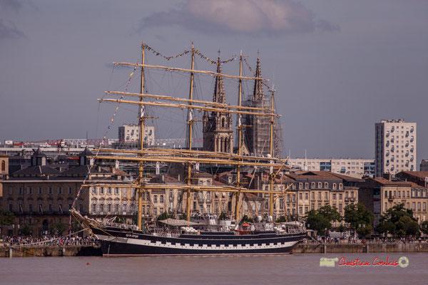 Le Krusenstern est un quatre-mâts barque russe construit en 1926 à Bremerhaven-Wesermünde, en Allemagne, sous le nom de Padua. Bordeaux, 22/06/2019 Reproduction interdite - Tous droits réservés © Christian Coulais