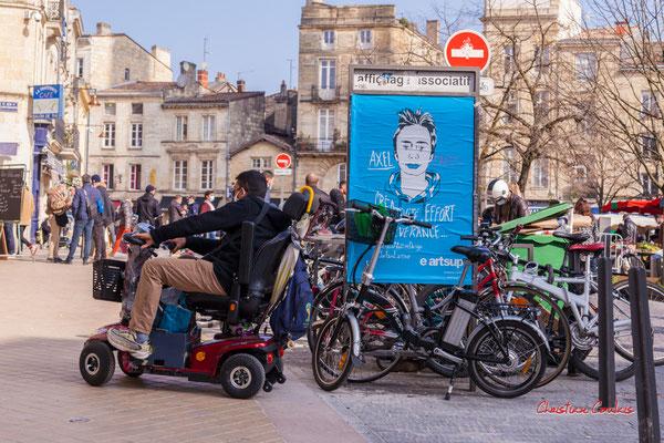"""""""e-artsup mais pas e-handicap"""" Marché Saint-Michel, Bordeaux. Samedi 6 mars 2021. Photographie © Christian Coulais"""