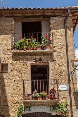 Plazza Carlos II, Ujué, Navarra