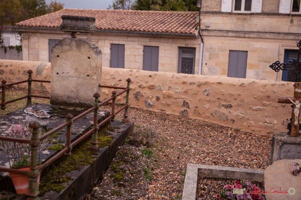 Réfection du mur du cimetière de Cénac, classé à l'inventaire des Monuments historiques. 10/11/2017