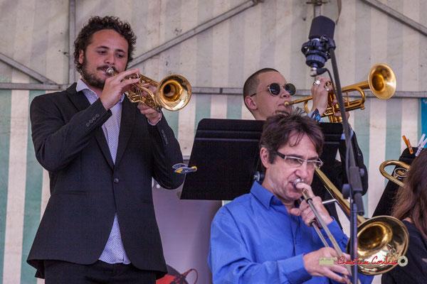 Trompette : Louis Gachet, Robin Peret; Trombone : Didier Lacombe; Big Band du Conservatoire Jacques Thibaud. Festival JAZZ360 2019, parc du château de Pomarède, Langoiran. 06/06/2019