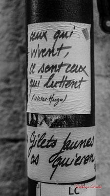 """""""Ceux qui vivent ce sont ceux qui luttent. Victor Hugo"""" """"As quiren / alors ils veulent"""" Quartier Saint-Michel, Bordeaux. Mercredi 24 juin 2020. Photographie © Christian Coulais"""
