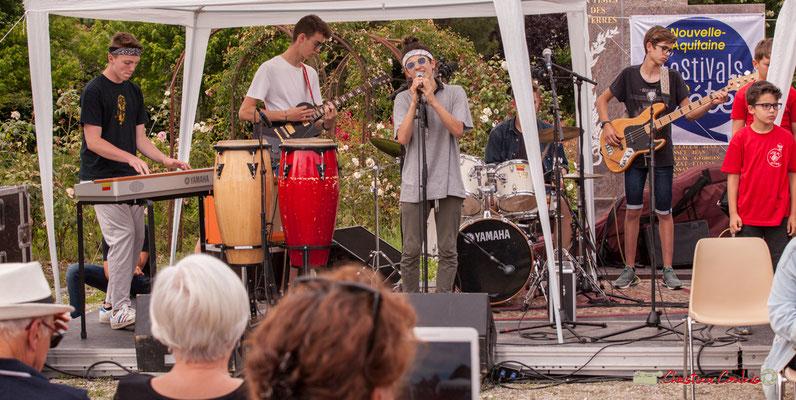 Piano, guitarre, chant, batterie, guitare basse. Big Band Jazz du Collège Eléonore de Provence, dirigée par Rémi Poymiro. Festival JAZZ360 2018, Cénac. 08/06/2018