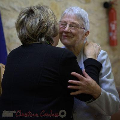 Congratulations. Françoise Cartron, Sénatrice et Suzette Grel, Chevalière de l'Ordre national du Mérite, ce 7 février 2015 à Le Pout