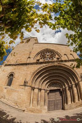 Eglise San Pedro, Olite, Navarre / Campanario de la Iglesia de San Pedro, Olite, Navarra