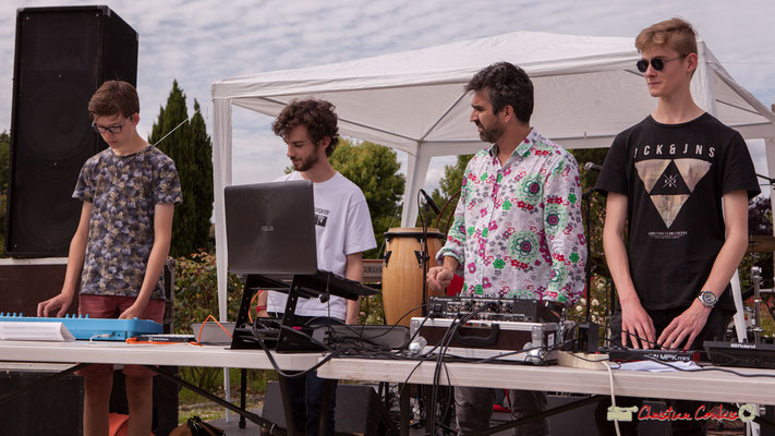 Thomas, Lucas, Franck Martin, animateur de l'Atelier Electro Jazz & Pierre-Léo, association AMAC. Festival JAZZ2018, Cénac. 08/06/2018