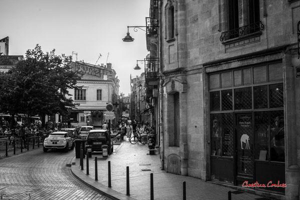 """1/5 """"éboueur : un métier indispensable comme aide-soignante et caissière"""" Quartier Saint-Michel, Bordeaux. Mercredi 24 juin 2020. Photographie © Christian Coulais"""