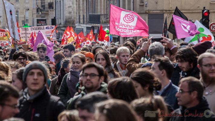 """14h28, """"Les jeunes socialistes en mouvement"""". Sans commentaire."""