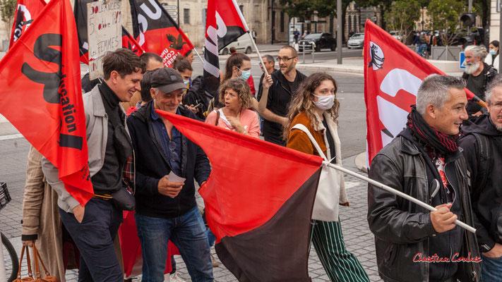 """""""Philippe Poutou serait-il à la Confédération Nationale du Travail ?"""" Manifestation intersyndicale, Bordeaux, mardi 5 octobre 2021. Photographie © Christian Coulais"""