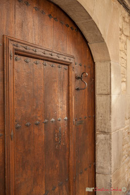 Heurtoir d'une porte d'entrée. Sangüesa, Navarra