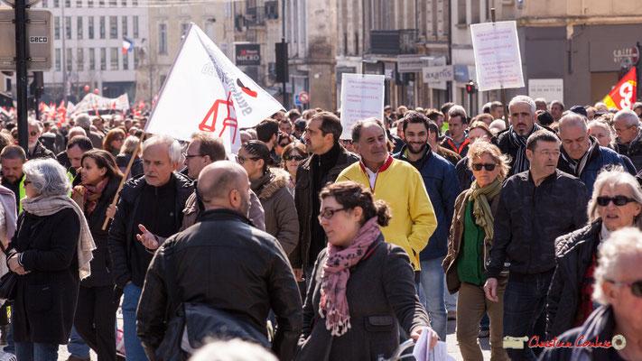 14h32 Syndicat de la magistrature. Manifestation intersyndicale de la Fonction publique/cheminots/retraités/étudiants, place Gambetta, Bordeaux. 22/03/2018