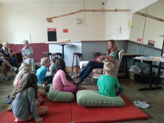 Kinderbuch-Lesung bei Kultur in der Sackgasse, Köln-Weiss