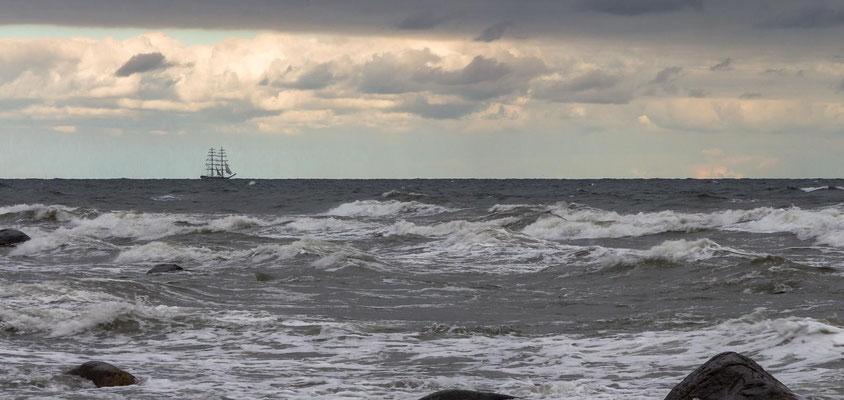 Wellen vorm Kap Arkona