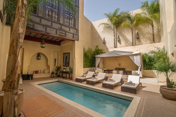 Location riad luxe marrakech avec piscine et hammam my for Riad marrakech piscine