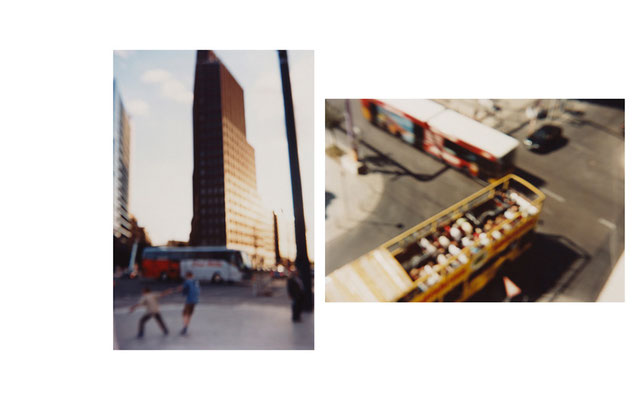 Am Potzdamer Platz | Busse, Gendarmenmarkt, Berlin 2003