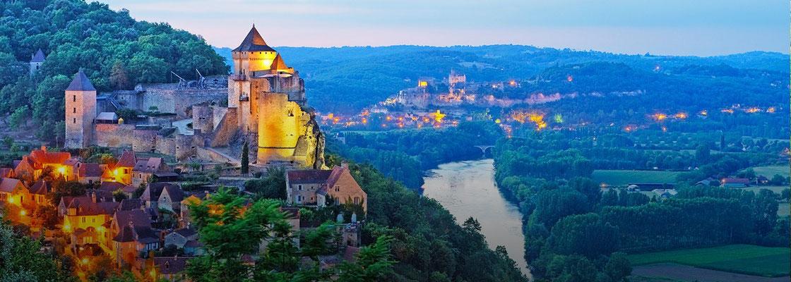 Castelnaud-la-Chapelle - Plus d'informations : http://www.castelnaud.com/fr/