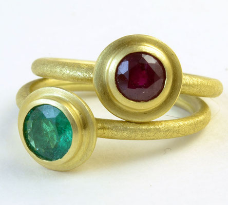 Ripple rings, emerald, ruby, 18KY