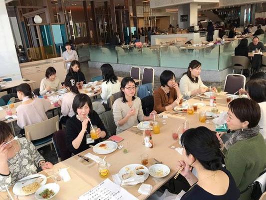 総勢19名、岐阜、滋賀、大阪、奈良、兵庫と色々な地区から集まりました♪