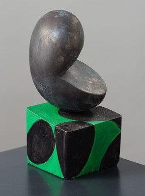 Mittendrin, 2015, Bronze, Holz und Farbe, 20 x 13 x 13 cm