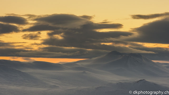 Leuchtender Himmel, Dovrefjell Norwegen.