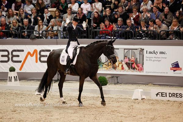 Kathleen Keller (Deutschland) auf San Royal 3 (San Remo x Grand Royal)
