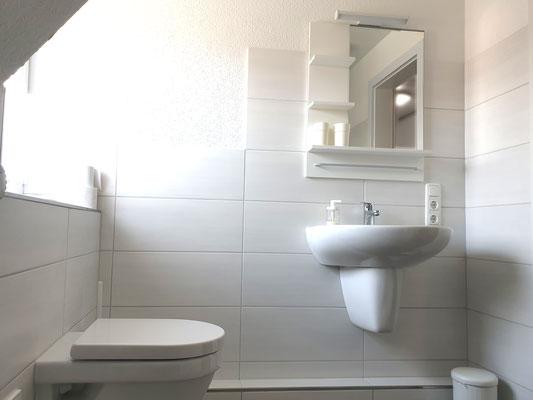 Badezimmer I mit WC/Dusche
