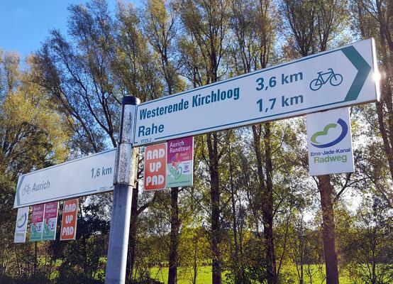 Gut ausgebaute Radwege gibt es in Aurich und ganz Ostfriesland.