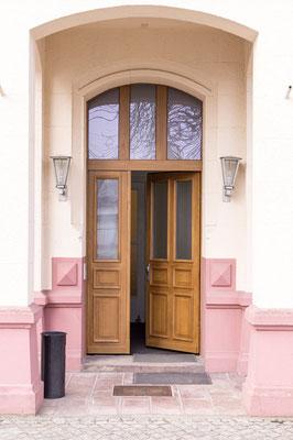 Eingang Praxis Dönhoffstr. 39 in Karlshorst
