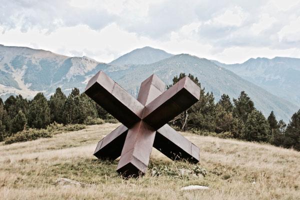 Monumentale Sculptures, Mégalo X, 350 x 350 x 350 cm, °2013