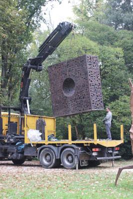 Monumentale Sculptures, Le Cercle Carré, 280 x 280 x 100 cm, °2010