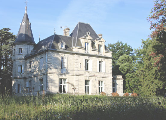 Château de Lagravade, Art-BnB