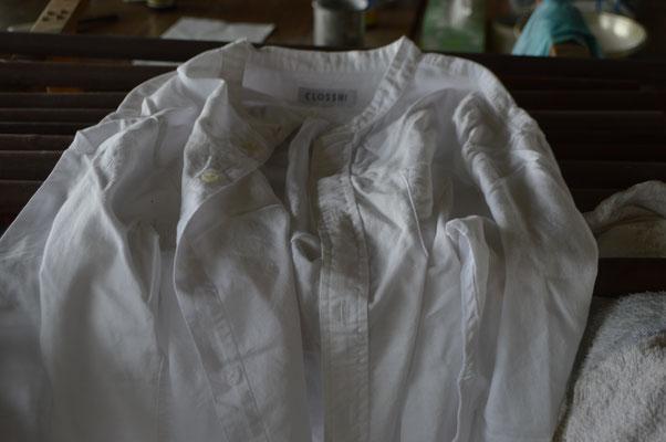 綿のシャツを染めます