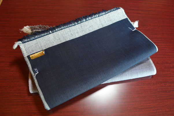本藍水戸黒で染められ、私が織ったものです!