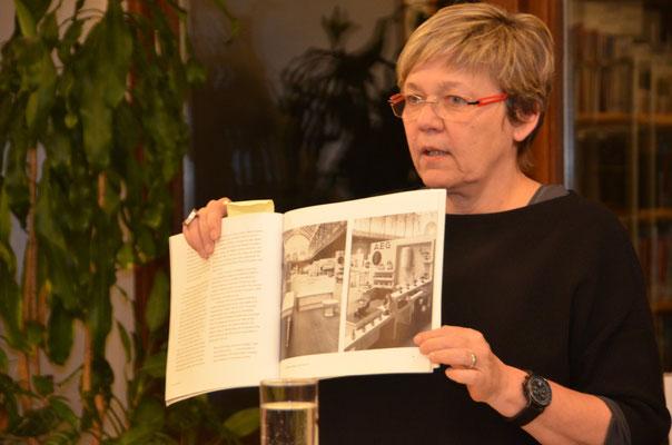 Frau Susanne Kletzin berichtet über Lilly Reichs Engagement auf dem Weissenhof