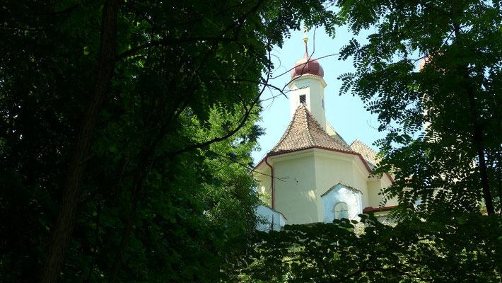 Blick auf die Wallfahrtskirche Tiefmaispitz