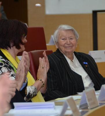 Olga Sippl, Ehrenvorsitzende der Seliger Gemeinde