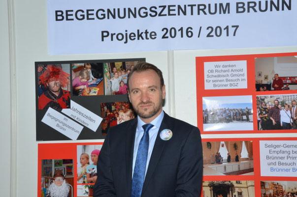 Wir danken dem Präsidenten der Landesversammlung Herrn Martin Dzingel für seinen Besuch an unserem Stand