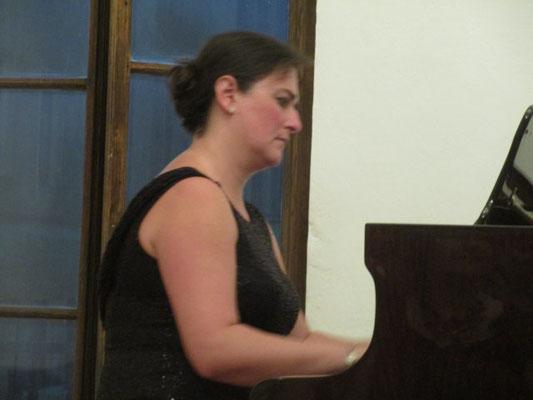 Frau Helena Fialová